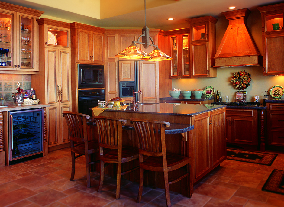 Traditional kitchens kitchen design studio for Pictures of kitchen plans